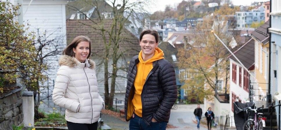 Foto av elever på Åpen dag.